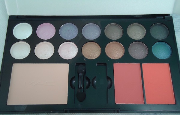 MAC kit 14 eyeshadow + powder + 2 Blush MAC 04